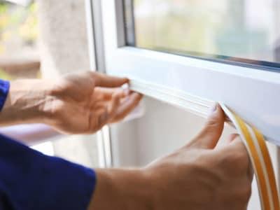 Замена уплотнителя в пластиковых окнах